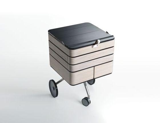 un bureau mobile design et modulaire. Black Bedroom Furniture Sets. Home Design Ideas