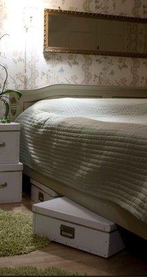 boite de rangement en carton et en grand format. Black Bedroom Furniture Sets. Home Design Ideas