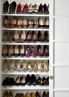 rangement chaussures pour placard. Black Bedroom Furniture Sets. Home Design Ideas