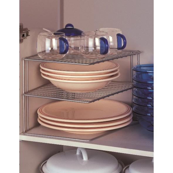 18 id es pour gagner des rangements suppl mentaires dans la cuisine - Etagere porte assiettes gain de place ...