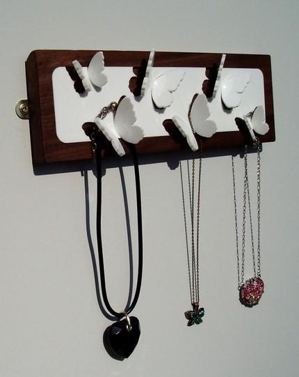 rangement collier, rangement bijou, applique bijoux, coffret à bijoux, boite à bijoux, ranger bijoux, écrin à bijoux