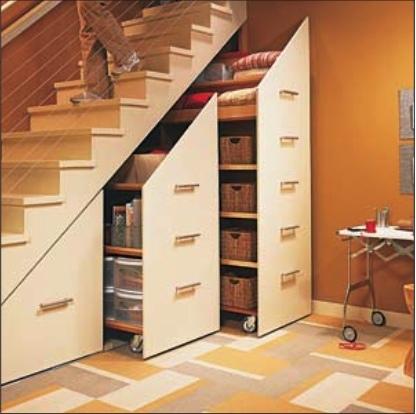 escalier, placard, mansarde, espace de rangement