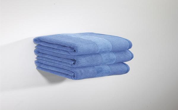 Etagère invisible pour livres et serviettes