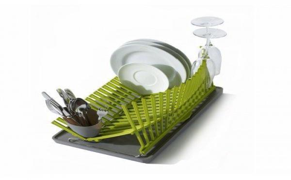 Un accessoire de cuisine design : l'egouttoir